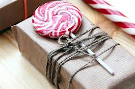 cheap gift wrap cheap easy and eco friendly ways to wrap christmas gifts