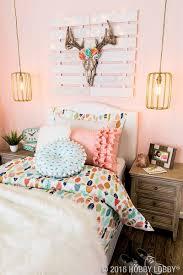 go bold with a boho inspired bedroom diy home decor pinterest