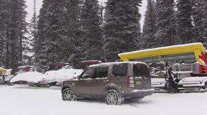 land rover snow 2014 land rover lr4 hse same but different review the fast