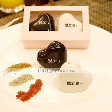 salt and pepper wedding favors beter gifts practical favors 2pcs box kitchen tools mr and mrs
