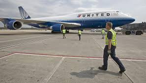 United Airlines Carry On Retiring The Boeing 747 U0027queen Of The Skies U0027 Here U0026 Now