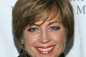 updated dorothy hamill hairstyle cute dorothy hamill haircut medium hair styles ideas 45745