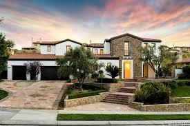 Kris Jenner Backyard Kylie Jenner House Tour Her Calabasas Ca Starter Home