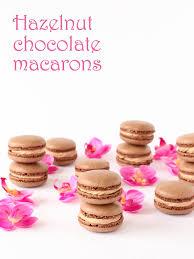 hazelnut chocolate macarons plus printable template pizzarossa