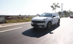 2020 lynk u0026 co 01 driven it u0027s a volvo based chinese cuv review