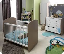 chambre bébé taupe et am nagement d co chambre b vert anis bebe taupe et newsindo co