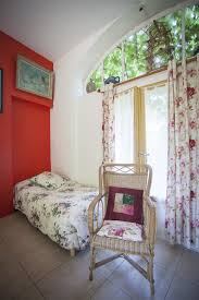 chambre d hote fargeau il était une fois un jardin chambre d hôtes l atelier d artiste
