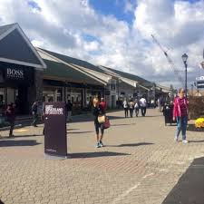 woodbury commons black friday woodbury common premium outlets 417 foton u0026 573 recensioner