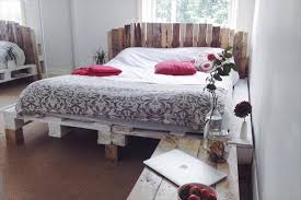 Shabby Chic Bed Frames by Pallet King Size Bed With Headboard 101 Pallets