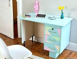 peindre un bureau peinture pour bureau agracable peinture pour repeindre un meuble en