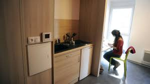 chambre universitaire lyon logement étudiant un studio de 20m à vaut un 50m à lyon