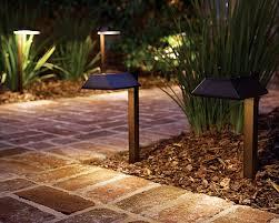 Brightest Solar Powered Landscape Lights - best 25 path lights ideas on pinterest pathway lighting