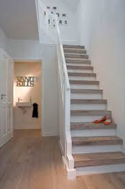 Hall And Stairs Paint Ideas by Best 25 Oak Stairs Ideas Only On Pinterest Stairs Glass Stair