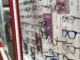 black friday prescription glasses 10 little known ways to save hundreds on your eyewear the krazy
