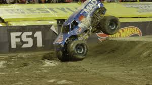 monster truck racing association world u0027s first monster truck front flip in competition video