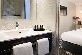 Bathtub 3 Persons Hotel Arc Hotel Booking Hotels 08 Elysees 8