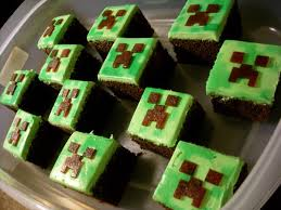 minecraft cupcake ideas candy bar cupcakes minecraft cupcakes creeper