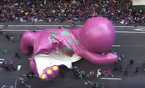 the helium balloon accidents of macy s thanksgiving day parade