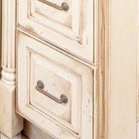 How To Paint Cabinets To Look Distressed Best 25 Distressing Painted Furniture Ideas On Pinterest