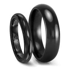 titanium wedding rings his hers black titanium wedding band set 6mm 4mm matching rings