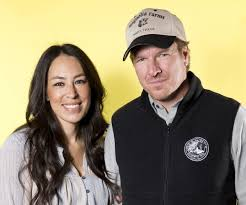 Joanna Gaines Parents Fixer Upper U0027 U0027s Joanna Gaines Debunks Rumor She U0027s Leaving Show