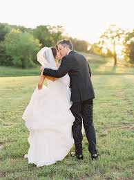 How Much Money To Give For A Wedding by Southern Weddings