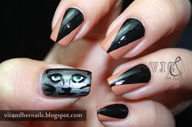 vic and her nails halloween nail art challenge black cats or bats