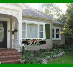 Small House Exterior Paint Colors by The Most Effective Cottage Exterior Paint Colors Prestigenoir Com