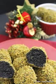 pistachio crusted chocolate cake truffles