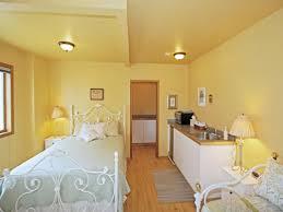 yellow bedroom paint inspire home design