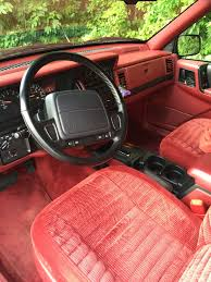 jeep grand interior file 1993 jeep grand cherokee laredo blackberry with crimson