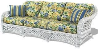 wicker sleeper sofa th id oip hrsxejyzxgfkkx h3tltlqhadt