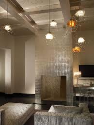 metal leaf walls a bold choice for a glamorous décor