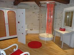 chambres d hotes originales la chambre dans la tour chambres d hôtes la tour levoy