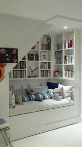 Mini Library Ideas Best 25 Small Home Libraries Ideas On Pinterest Home Libraries