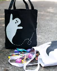 trick or treat bags 9 easy cool diy treat bags for kids cool picks