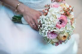 wedding flowers san diego san diego wedding highlights blooms by the box budget friendly