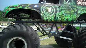 monster trucks youtube grave digger grave digger monster trucks garage full tour located in the outer