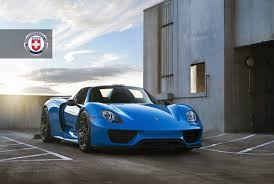 Porsche 918 Blue - voodoo blue porsche 918 spyder brings the magic on custom wheels