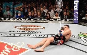 Anderson Silva Meme - footage has emerged of joe rogan s reaction to nick diaz lying down