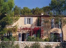 chambres d hotes aux baux de provence cote sud bosc architecte hugues bosc maison d hotes provence