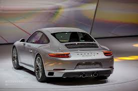 new porsche 2017 2017 porsche 911 feels like an old turbo machine in