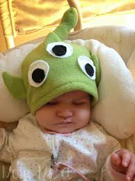 mom mart how to make a little green alien fleece baby hat diy