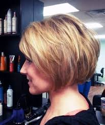 how to stlye a stacked bob with wavy hair 11 best stacked bob hairstyles 2016 2017 on haircuts
