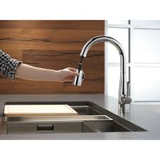 delta chrome kitchen faucets delta faucet 9113 ar dst essa arctic stainless pullout spray