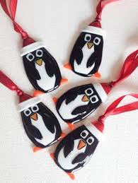 penguin bearing gifts i glass fused glass