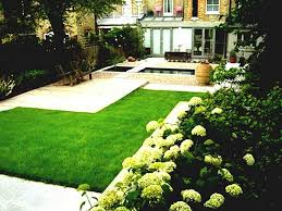 fabulous small easy backyard simple landscaping ideas intended for