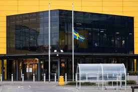White House Flag Half Mast Seven Fascinating Facts About Ikea U0027s Late Founder Ingvar Kamprad