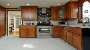Kitchen Cabinet Crown Moulding Of Crown Molding On Kitchen Cabinets Voluptuo Us