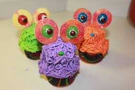 Halloween Monster Cupcakes Veggie Teens Elyse U0027s Cakes U0026 Cupcakes